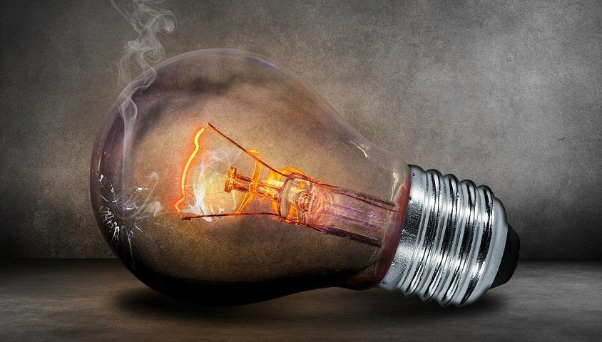 ampoule lampe fluocompacte danger